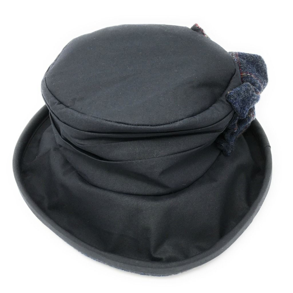 Waxed Cotton Cloche Style Outdoor Hat Ruby